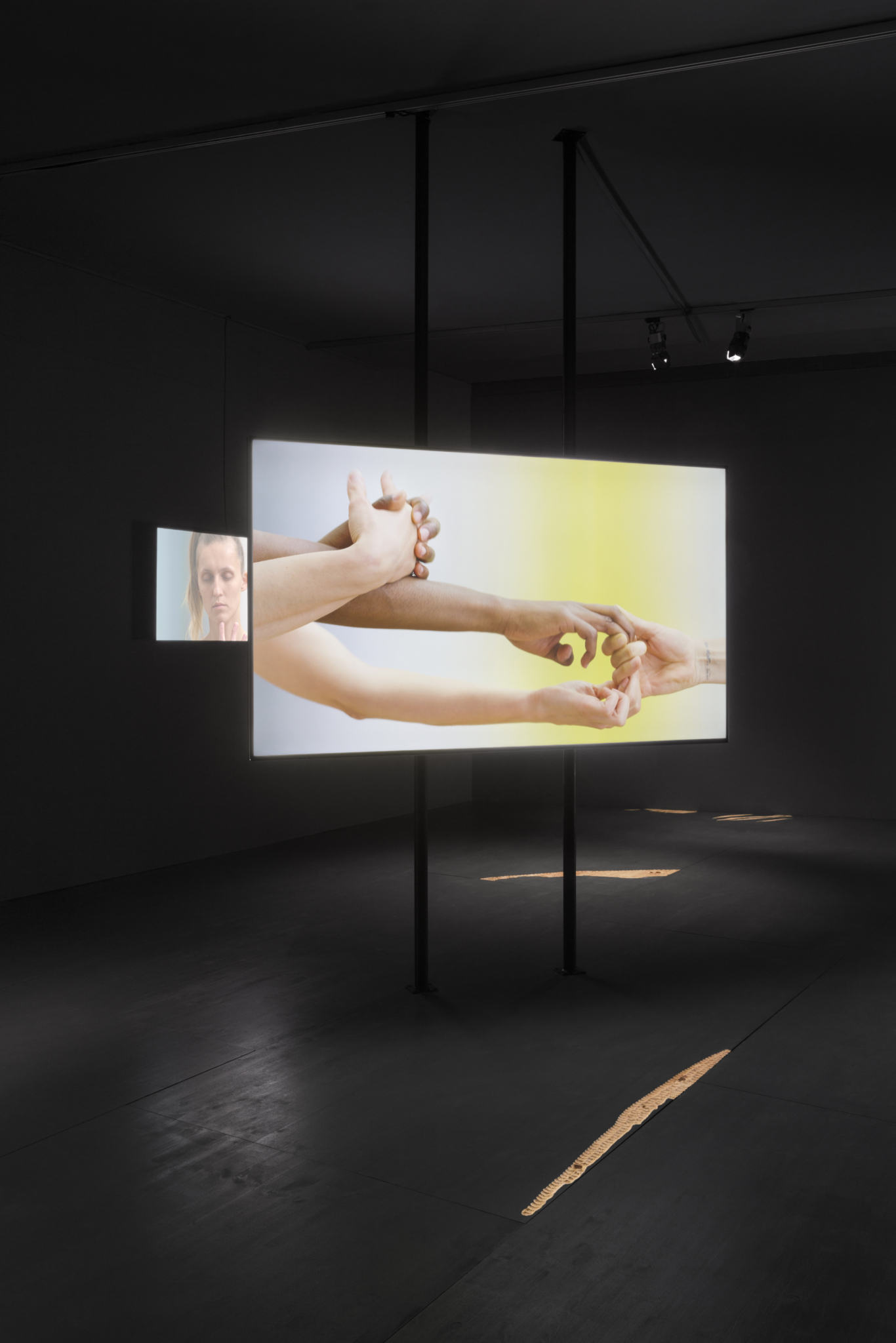 "Katarina Zdjelar, Not a Pillar Not a Pile (Tanz für Dore Hoyer), 2017. Multichannel audio-video work and a floor sculpture, 5'50"" loop. Installation view details 'Prix de Rome 2017', Kunsthal Rotterdam, 2017"