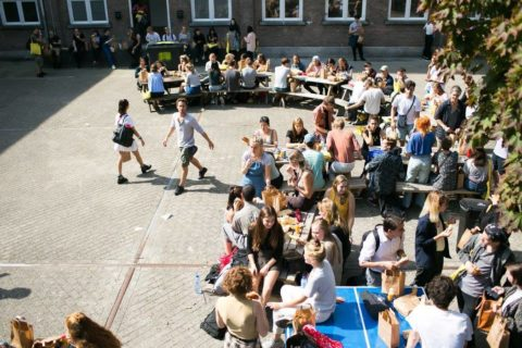 Students in the yard of the Royal Academy of Art, The Hague