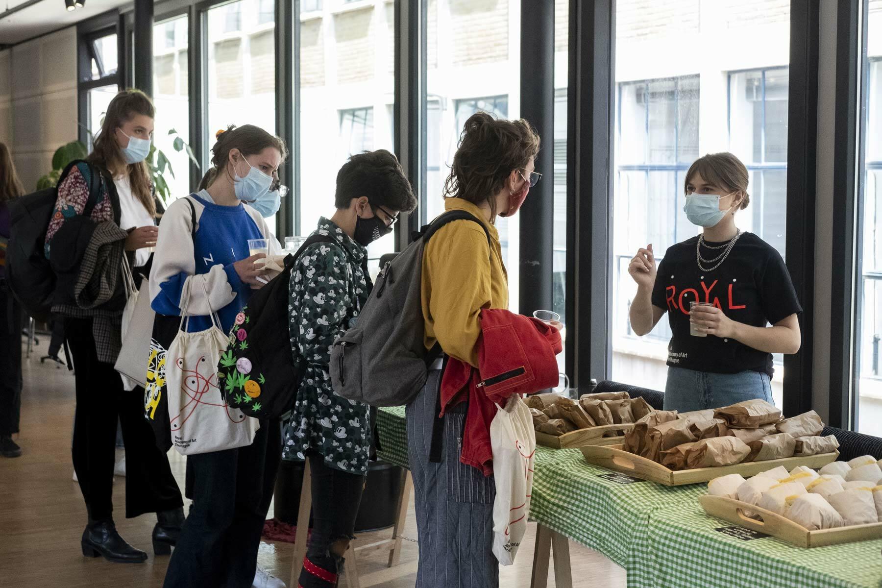 KABK introdagen 2021 - Lunch at the KABK canteen