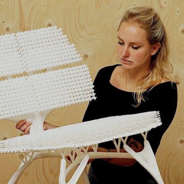 Design Journey #1, Podcast Master Industrial Design at the KABK, featuring KABK alumna Lilian van Daal