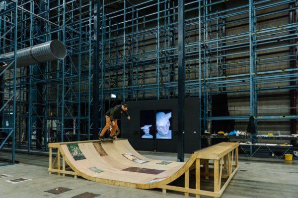 Tobias Lengkeek, Debris, 2020, skateramp: multiplex, acrylverf. Beeld: Almicheal Fraay