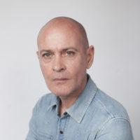 profiel foto Jurgi Persoons, hoofd Bachelor Textiel en Mode, Koninklijke Academie van Beeldende Kunsten Den Haag