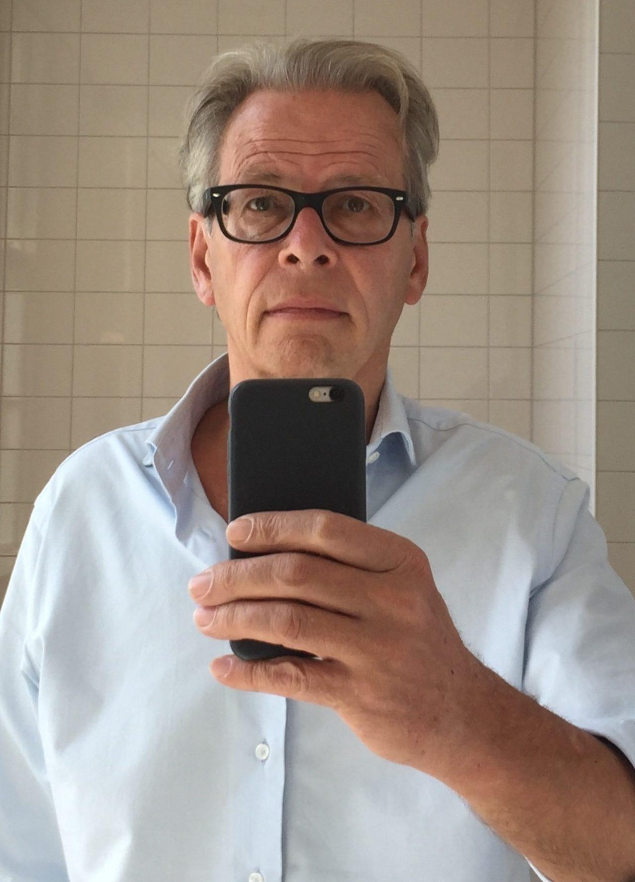 profile photo Gijsbert Dijker - teacher at the Bachelor Graphic Design, KABK