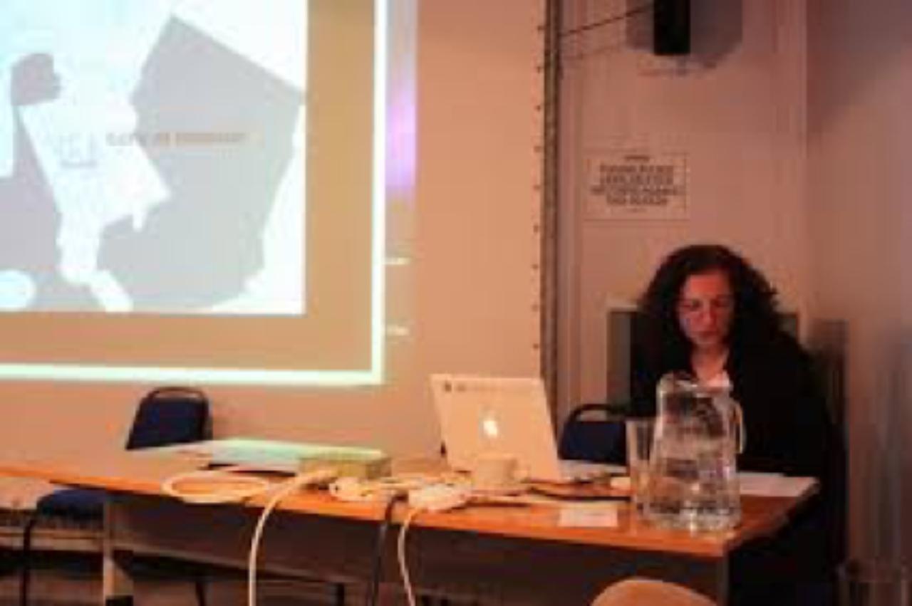profielfoto van KABK Master Artistic Research gastdocent Tina Bastajian