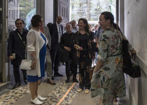 Director KABK Marieke Schoenmakers welcomes Ingrid van Engelshoven, Dutch Minister of Education, Culture and Science,